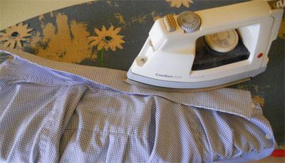 Hemden bügeln Anleitung: Kragen
